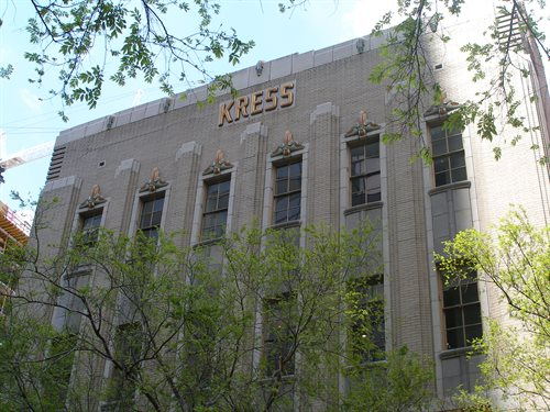 Photo of multi-story Kress building in downtown Orlando